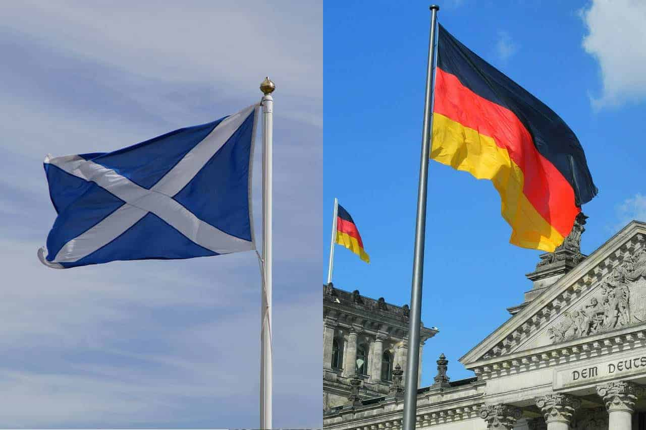 The Scottish and the German flags to resemble the origin locations of the German Shepherd and Golden Retriever breeds.